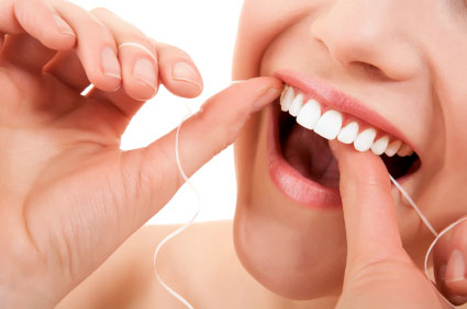 So Should You Floss First or Brush Your Teeth First